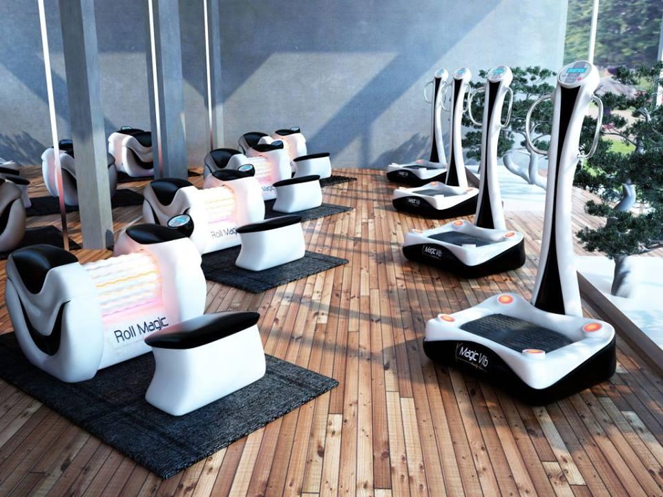 Roll Studio on Fitnesswell-laitteiden valtuutettu jälleenmyyjä. Täyden palvelun yrityksenä tarjoamme kätevän, nopean ja innovatiivisen ratkaisun kotiin, toimistoon tai urheilu- ja rentoutuskeskukseen